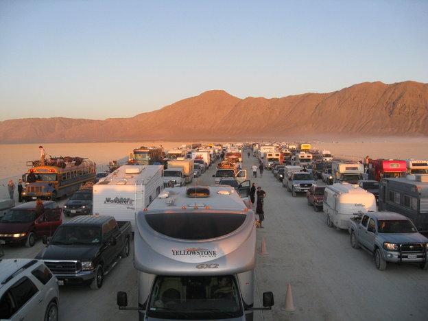 Burning Man entry gate line